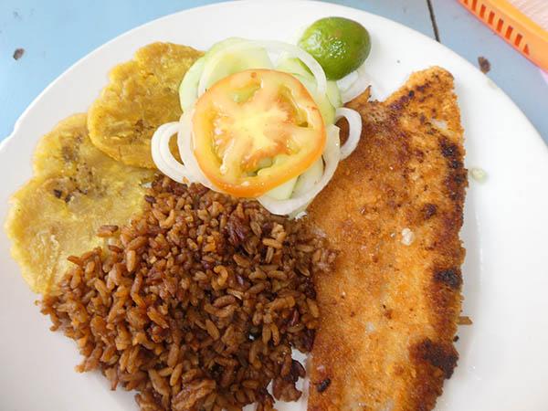 typical full plate at La Estrella Restaurant, Cartagena, Colombia