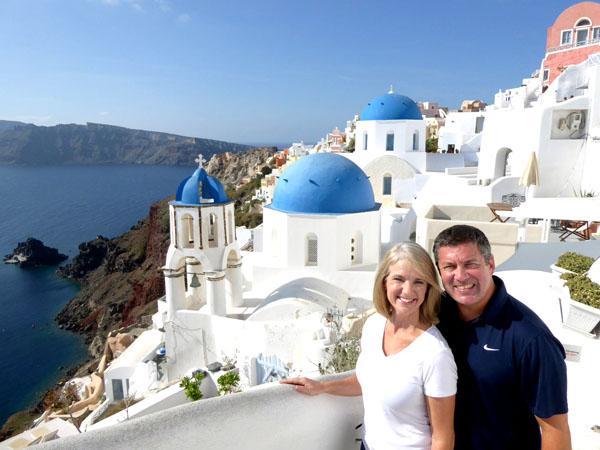 Randy and Lori enjoying a side trip to Santorini, Greece between house sits