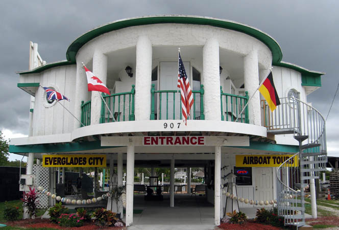 Entrance to Everglades City Airboat Tours